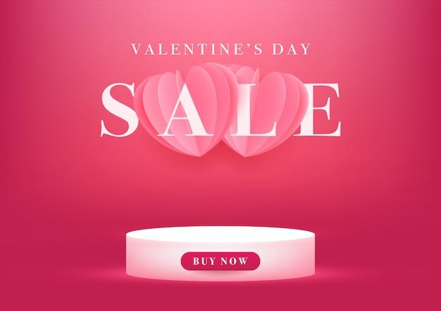 Pódio vazio com banner de venda do dia dos namorados