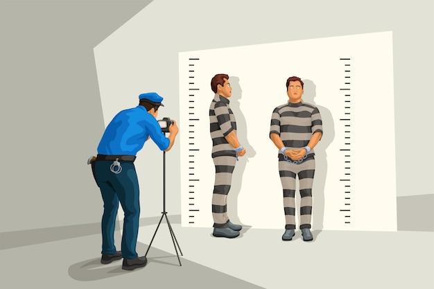Policial de uniforme tirando uma foto na parede