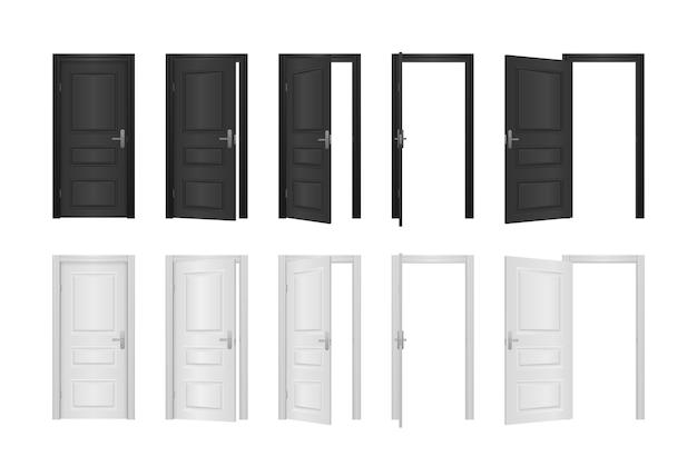 Porta da frente aberta e fechada da casa isolada no branco