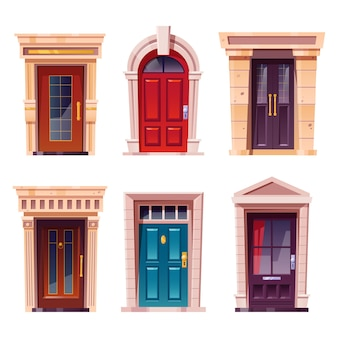 Portas da frente fechadas com moldura de pedra para a fachada do edifício