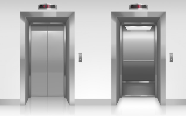 Portas de elevador de metal abertas e fechadas no corredor