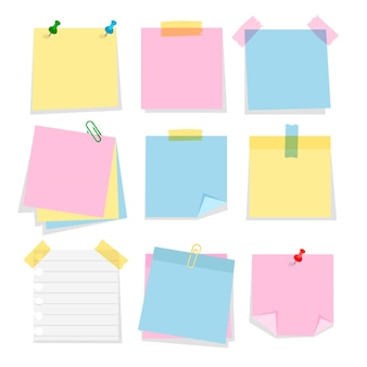 Postar adesivos de nota isolados. conjunto de marcadores de cor dos desenhos animados. fita adesiva de papel com clipes de papel e alfinetes