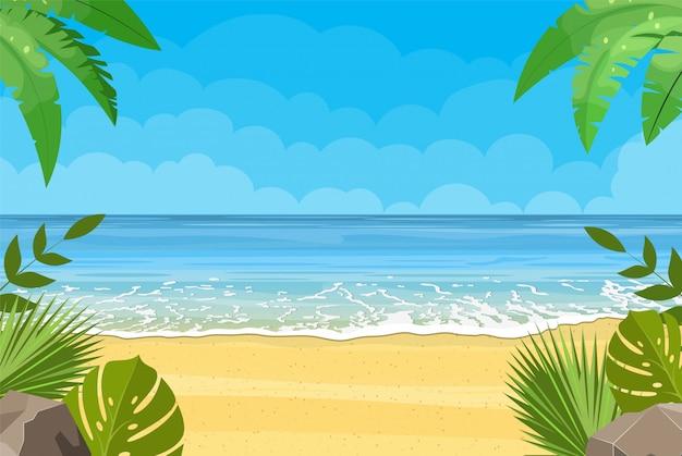 Praia de areia sob o sol forte
