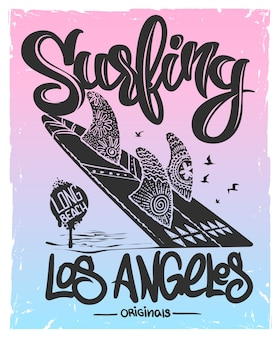 Prancha de surf com tipo de letras, design de t-shirt.