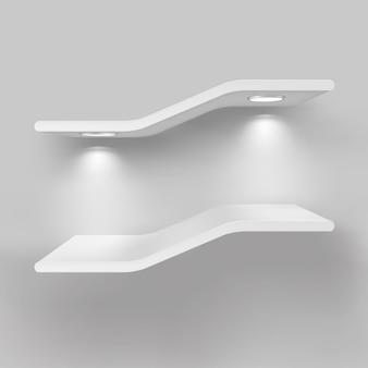 Prateleiras de exposição com fontes de luz
