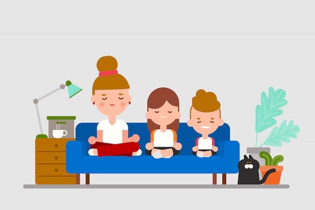 Prática familiar, meditação sentada no sofá. ilustração dos desenhos animados do estilo design plano.