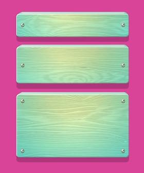 Pratos de madeira, tábuas, tábuas com pregos brilhantes. em cores doces de menta.