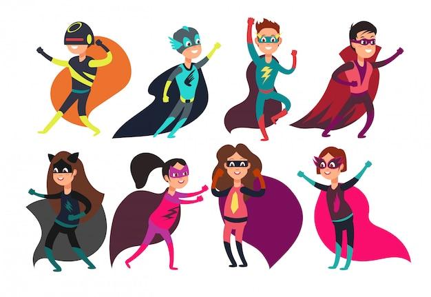 Pré-escola meninos e meninas super-heróis. personagens de desenhos animados de garoto super em trajes de festa