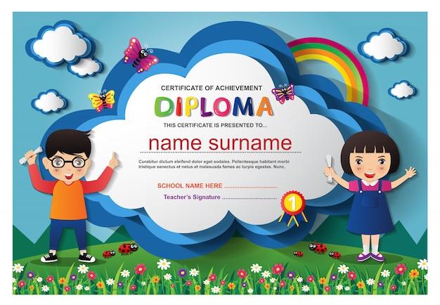 Pré-escolar crianças meninos e meninas certificado de diploma