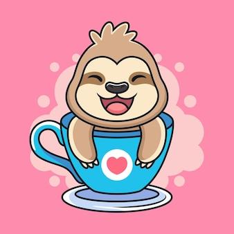 Preguiça engraçada com doce sorriso na xícara.