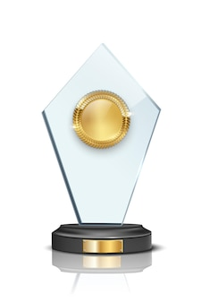 Prêmio de vidro com medalha de ouro em branco 3d isolado no fundo branco