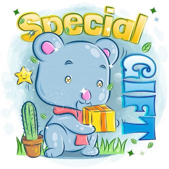 Presente de aniversário bonito da preensão do koala e sentimento feliz