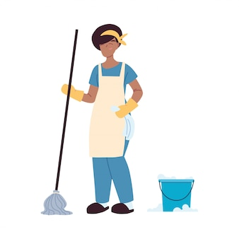 Prestadora de serviço de limpeza com luvas e utensílios de limpeza