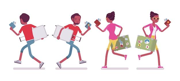 Preto masculino e feminino turista correndo