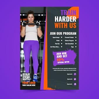 Programa de treinamento em estilo de cartaz esportivo