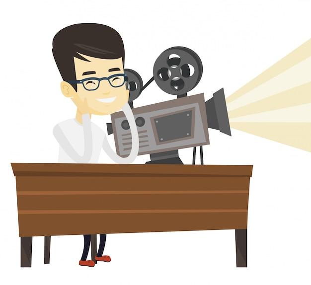 Projecionista asiático mostrando novo filme.