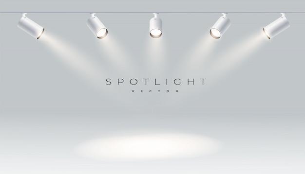 Projectores com luz brilhante branco brilhando conjunto de vetor de palco. projetor de forma de efeito iluminado, ilustração do projetor para estúdio
