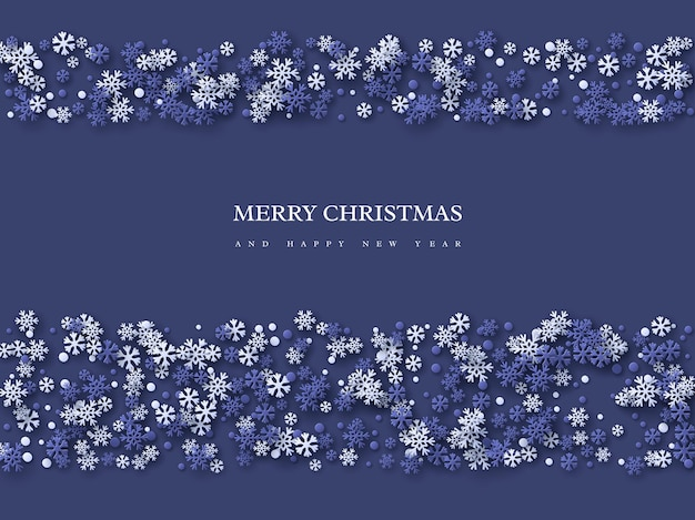 Projeto de férias de natal com flocos de neve de estilo de corte de papel. fundo azul escuro com texto de saudação, ilustração vetorial.