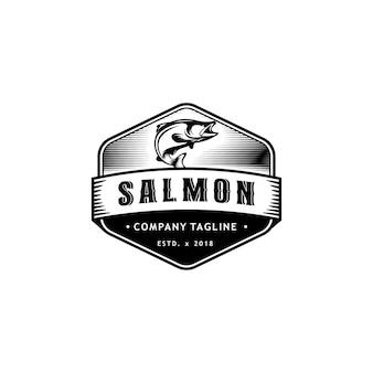 Projeto do logotipo da etiqueta do emblema de peixe salmão vintage