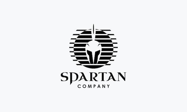 Projeto do logotipo do capacete em estilo espartano vintage retrô