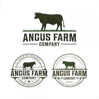 Projeto do logotipo do vintage da exploração agrícola de angus
