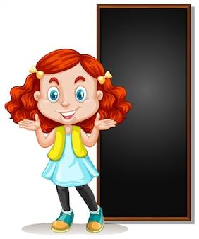 Quadro com criança feliz e quadro negro