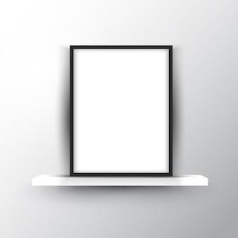 Quadro de imagem em branco em uma prateleira