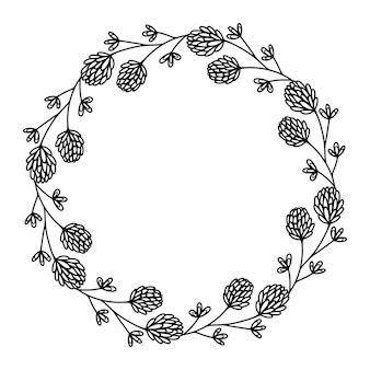 Quadro floral de trevo em um fundo branco com lugar para texto.