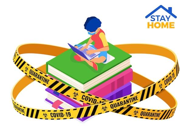 Quarentena, ficar em casa, educação on-line ou exame à distância com personagem isométrica garota do curso de internet na máscara on-line estudando livros com laptop ilustração isométrica
