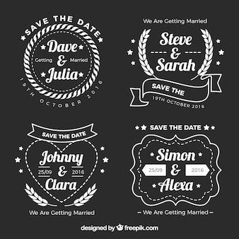 Quatro etiquetas sobre casamentos no fundo preto