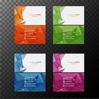 Quatro modelos de cartão de visita com vista frontal e posterior