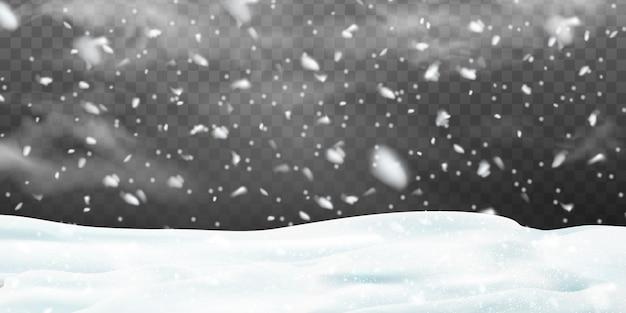 Queda de natal brilhando transparente bonita, brilhando neve com montes de neve isolados em fundo transparente. flocos de neve, fundo de neve. forte nevasca, flocos de neve em diferentes formas e formas.