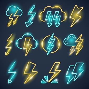 Raios de néon. poderosos símbolos de trovão brilham conjunto colorido de vetor de coleção de relâmpagos. ilustração relâmpago de trovão, luz elétrica de energia