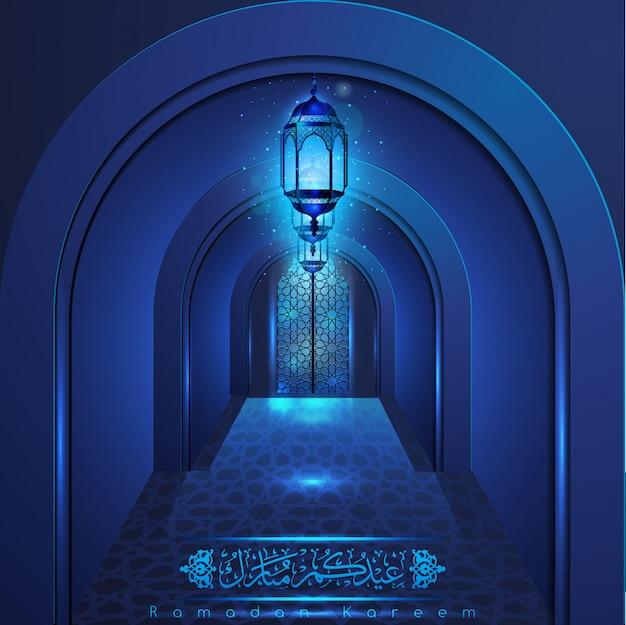 Ramadan kareem bela porta da mesquita com padrão árabe