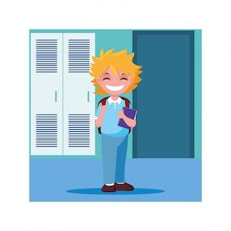 Rapaz estudante no corredor da escola com armários, volta às aulas