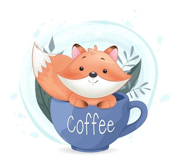 Raposa fofa sentada em uma grande xícara de café