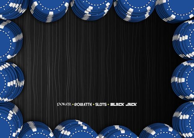 Realista de chip de casino pilhas azuis na mesa de madeira