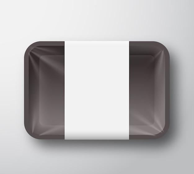 Recipiente de bandeja de comida de plástico preto com tampa transparente de celofane e modelo de etiqueta branca clara.