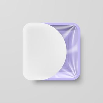 Recipiente quadrado de plástico roxo vazio para alimentos com etiqueta branca em cinza