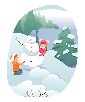 Recreação ao ar livre de inverno, personagens de desenhos animados de crianças construindo um boneco de neve, brincando na neve.