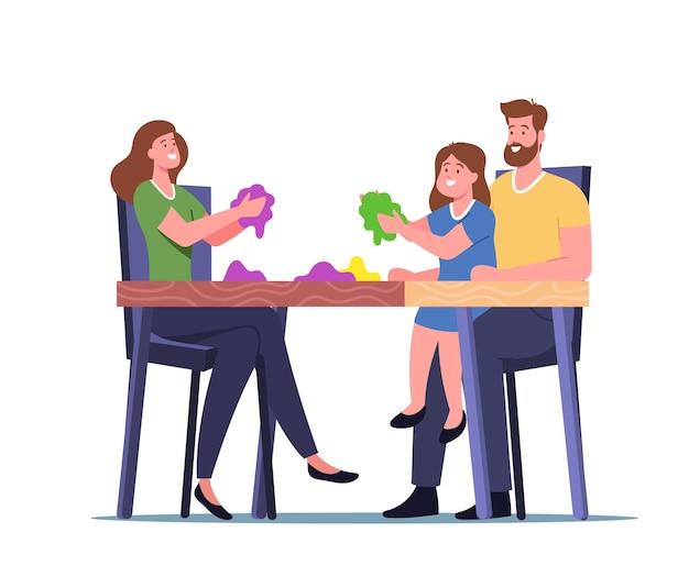 Recreação familiar, personagens de mãe, pai e filha brincando com areia mágica cinética, sentado na mesa, se divertindo e desenvolvimento de habilidades motoras, diversões. ilustração em vetor desenho animado