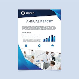 Relatório anual com foto