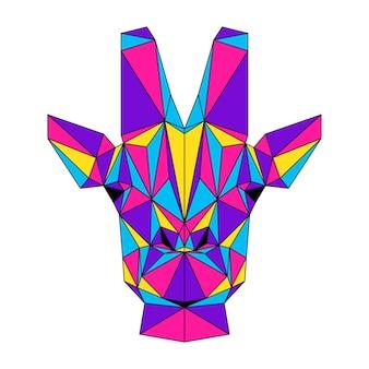 Retrato abstrato girafa poligonal. cabeça de girafa poli baixa moderna isolada no branco para cartão, cartaz de clínica veterinária, convite para festa moderna, livro, pôster, impressão de bolsa, camiseta etc.