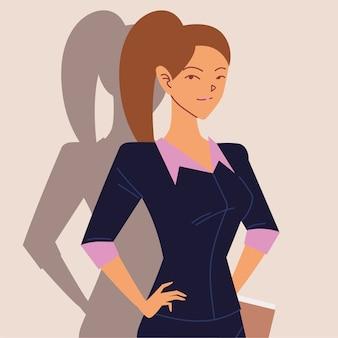 Retrato de mulher de negócios com papéis nas mãos