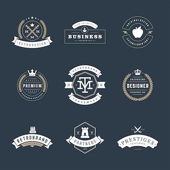 Retro vintage emblemas e logotipos definir elementos de design do vetor