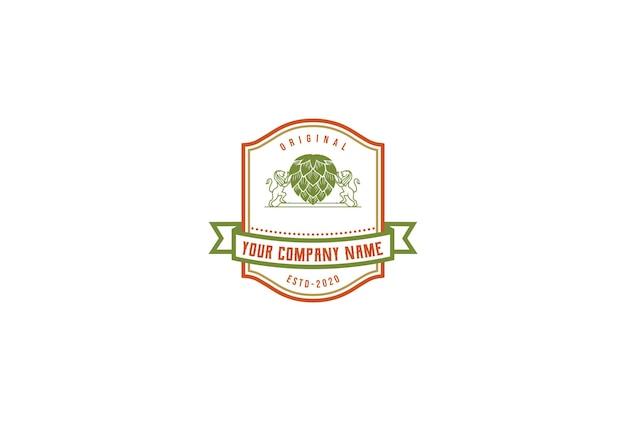 Retro vintage royal lion hop crista para cerveja artesanal brewery emblema label design vector