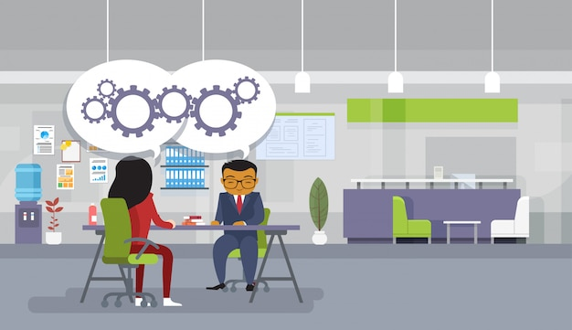 Reunião de brainstorming asiáticos empresários sentado na mesa do escritório discutir novos projetos de idéias