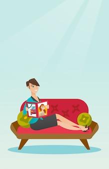 Revista de leitura de mulher na ilustração vetorial de sofá