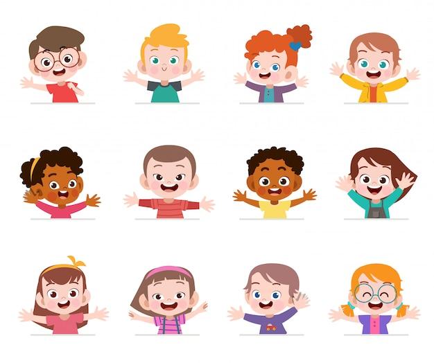 Rostos de crianças felizes