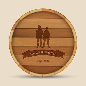 Rótulo de cerveja de vetor no barril de madeira de forma com dois homens